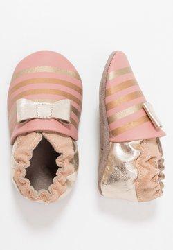 Robeez - SHINY BOW TIE - Chaussons pour bébé - rose/or