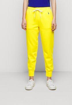 Polo Ralph Lauren - FEATHERWEIGHT - Jogginghose - university yellow