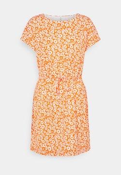ONLY Petite - ONLPELLA MAY DRESS - Vestido ligero - koi