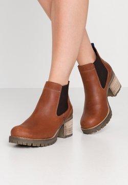 Bullboxer - Ankle Boot - cognac