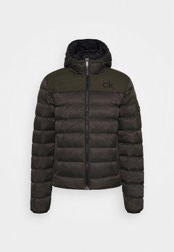 Calvin Klein Golf - LASSEN PADDED JACKET - Outdoor jacket - olive green