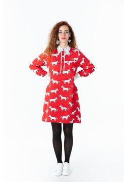 Lolina - Vestido camisero - red