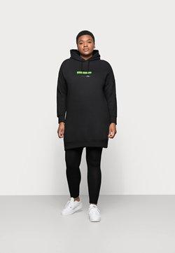 Calvin Klein Jeans Plus - CENSORED HOODIE DRESS - Freizeitkleid - black
