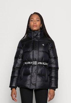 Calvin Klein Jeans - LOGO BELT WAISTED SHORT PUFFER - Talvitakki -  black