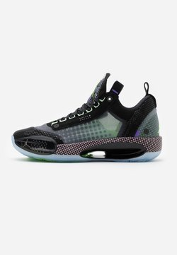 Jordan - AIR XXXII - Basketballschuh - black/white/vapor green/bleached coral