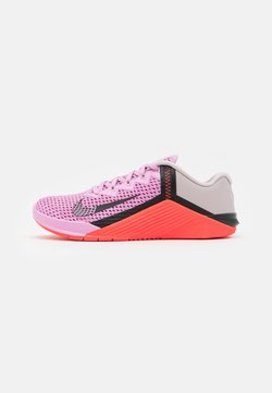 Nike Performance - METCON 6 - Sportschoenen - beyond pink/black/flash crimson