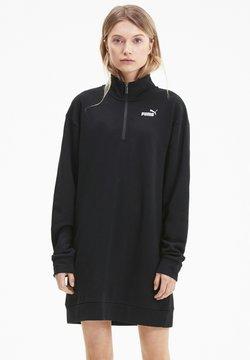 Puma - ESSENTIALS HALF ZIP - Robe en jersey - black