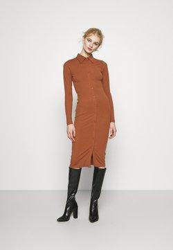 Glamorous - BUTTON THROUGH DRESS - Vestido largo - rust
