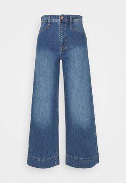GAP - WIDE LEG VERNON VINTAGE DETAILS - Jeans a zampa - medium indigo