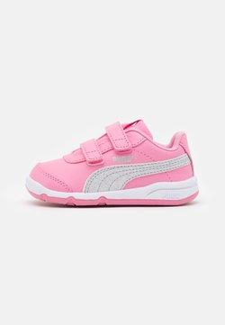 Puma - STEPFLEEX 2 UNISEX - Obuwie treningowe - sachet pink/silver/white