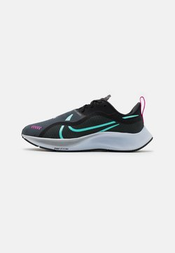 Nike Performance - AIR ZM PEGASUS  - Neutrala löparskor - black/aurora green/dark moke grey/obsidian mist/fire pink/football grey