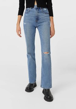 Stradivarius - VINTAGE - Flared Jeans - blue denim