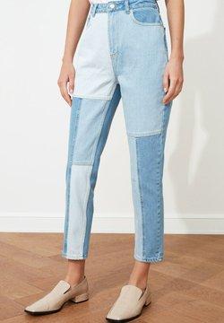 Trendyol - Jeans fuselé - blue