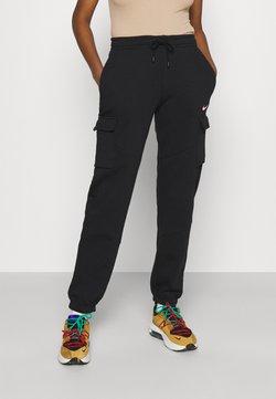 Nike Sportswear - CARGO LOOSE - Jogginghose - black