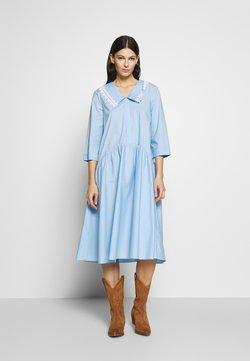 Vivetta - DRESS - Sukienka koszulowa - celeste