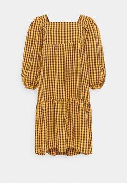 Missguided Plus - GINHAM SQUARE NECK SMOCK DRESS - Vestito estivo - rust