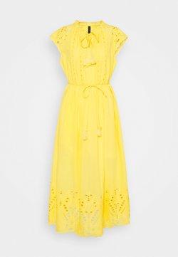 YAS - YASRIMO LONG DRESS - Maxikleid - pale marigold