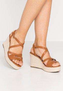 Anna Field - Korolliset sandaalit - cognac