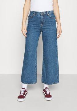 ONLY - ONLSONNY LIFE WIDE - Jeans a zampa - medium blue denim