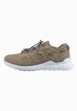 Keen - WALKING SHOES - Sneaker low - dark olive/silver birch