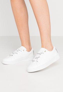 Ted Baker - MERATA - Sneakersy niskie - white