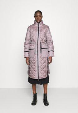 Hunter ORIGINAL - WOMENS REFINED LONG QUILTED COAT - Winter coat - metallicred