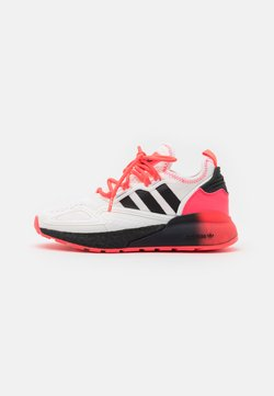 adidas Originals - ZX 2K BOOST SPORTS INSPIRED SHOES UNISEX - Sneaker low - footwear white/core black/signal pink
