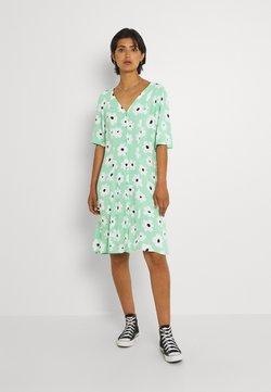 Monki - WINONA DRESS - Vapaa-ajan mekko - green floral