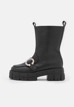 L37 - DROPS OF JUPITER - Platform ankle boots - black