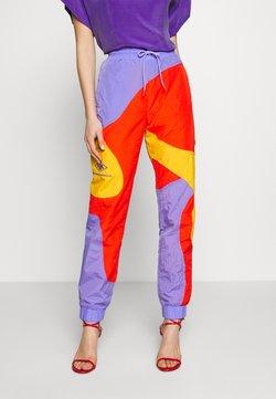 Han Kjobenhavn - TRACK CURVE PANTS - Jogginghose - multi colour