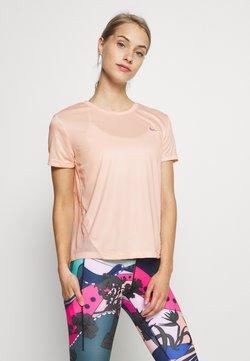 Nike Performance - MILER - Camiseta estampada - washed coral