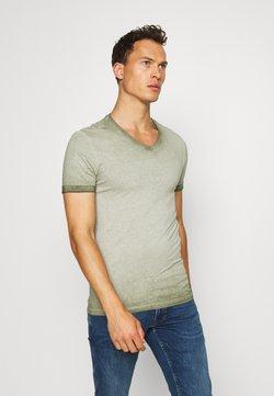 Pier One - Basic T-shirt - oliv