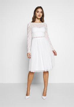 Nly by Nelly - DREAM DRESS - Robe de soirée - white