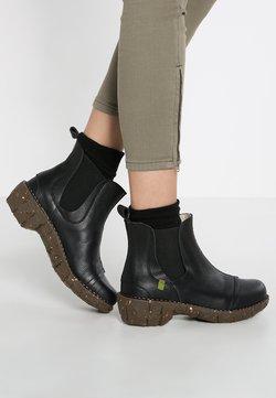 El Naturalista - Ankle Boot - black