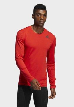 adidas Performance - TECHFIT COMPRESSION LONG-SLEEVE TOP - Camiseta de manga larga - red