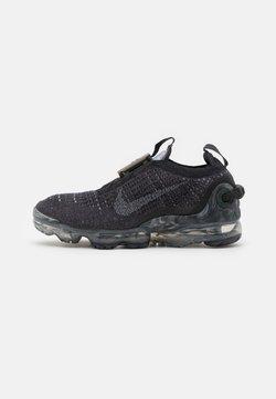 Nike Sportswear - AIR VAPORMAX 2020 FK UNISEX - Matalavartiset tennarit - black/dark grey