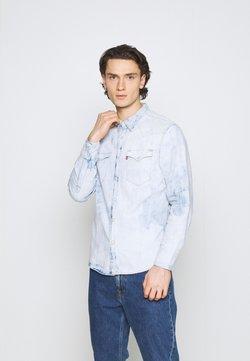 Levi's® - BARSTOW WESTERN STANDARD - Shirt - med indigo
