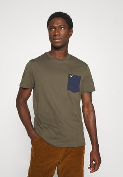 Lyle & Scott - CONTRAST POCKET - T-shirt print - trek green/navy