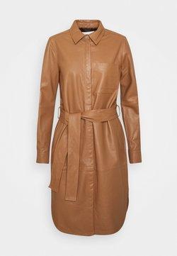 InWear - VINGAIW DRESS - Blousejurk - winter beige