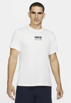 Nike Performance - Printtipaita - white