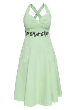 Queen Kerosin - MIT FLORALER STICKEREI - Korte jurk - mint