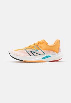 New Balance - FC REBELL - Zapatillas de running neutras - white