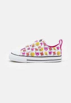 Converse - CHUCK TAYLOR ALL STAR JUNGLE CATS  - Zapatillas - white/prime pink/amarillo