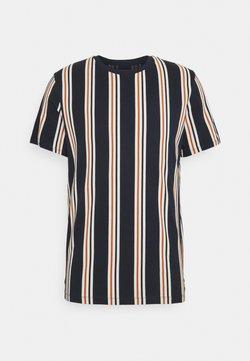 Jack & Jones - JORHURRY TEE CREW NECK - T-Shirt print - navy blazer