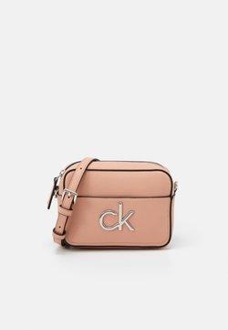 Calvin Klein - CAMERA BAG - Torba na ramię - pink