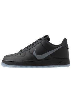 Nike Sportswear - AIR FORCE 1 '07 LV8 - Matalavartiset tennarit - black/silver lilac/anthracite/white