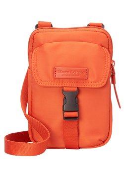 Marc O'Polo - Umhängetasche - pumpkin orange