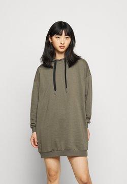 Noisy May Petite - NMHATTIE DRESS - Vestido informal - kalamata