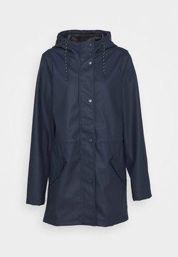 Vero Moda Tall - VMMALOU COATED JACKET TALL - Kurtka przeciwdeszczowa - navy blazer