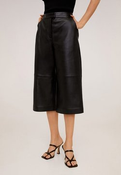 Mango - OTTAWA - Leather trousers - schwarz